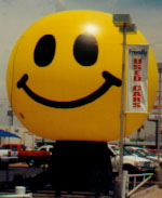 giant 25 ft. tall balloon in shape of a Smiley Face