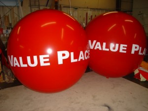 7 ft. in diameter red advertising balloons