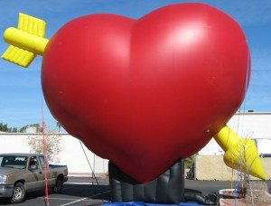 giant heart shape balloon for business promotions